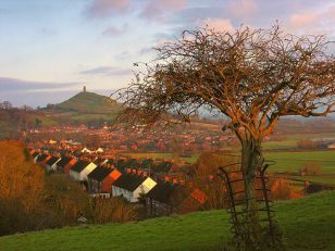 Glastonbury-Wearyall-2989-s